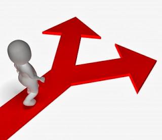 Funds-i 内外7資産バランス・為替ヘッジ型とeMAXIS バランス(8資産均等型)を比較