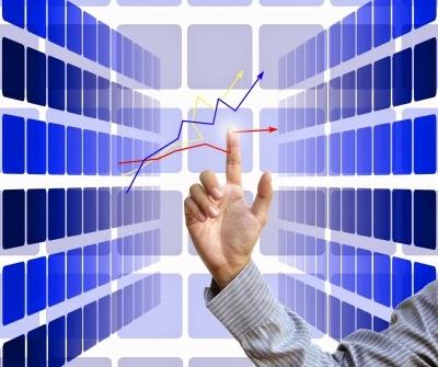 カブドットコム証券 投信保有額で貯まる『毎月ポイント』開始! SBI証券「投信マイレージ」と比較