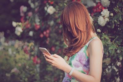 女性 電話 スマホ